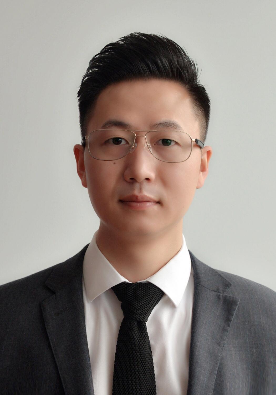 余俊义律师